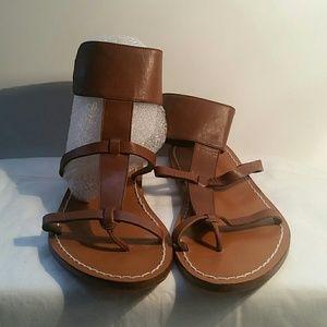 BCBGgirls light brown thong sandal